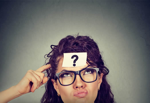 woman with question mark memo on forehead
