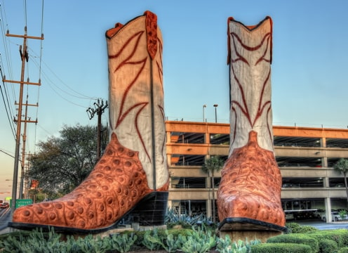 statue of pair of giant cowboy boots